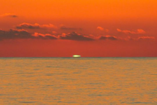 Green-Flash-Sunset-Dwtin-Fla-10-0512
